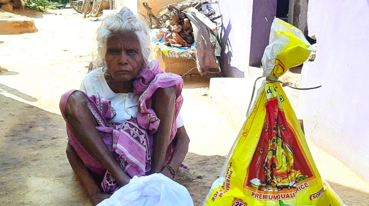 Hope Elders Receive Hope for The Elderly Rationing Kits
