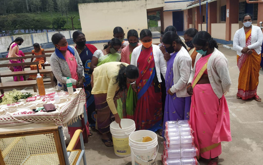 The participants learned how to prepare detergent powder, multi-purpose liquid soap oil, and phenyl (fluid disinfectant).